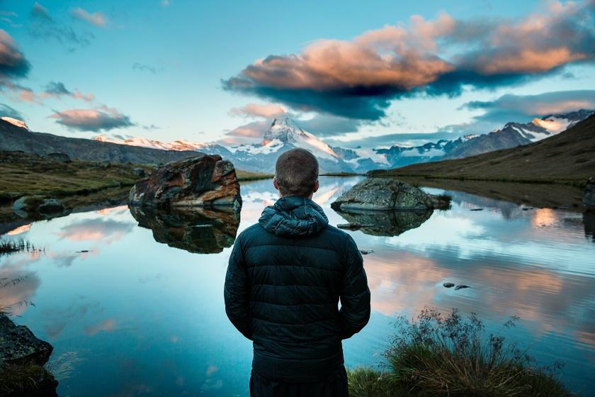 MatterhornSwitzerland Man unsplashphoto-1441716844725-09cedc13a4e7