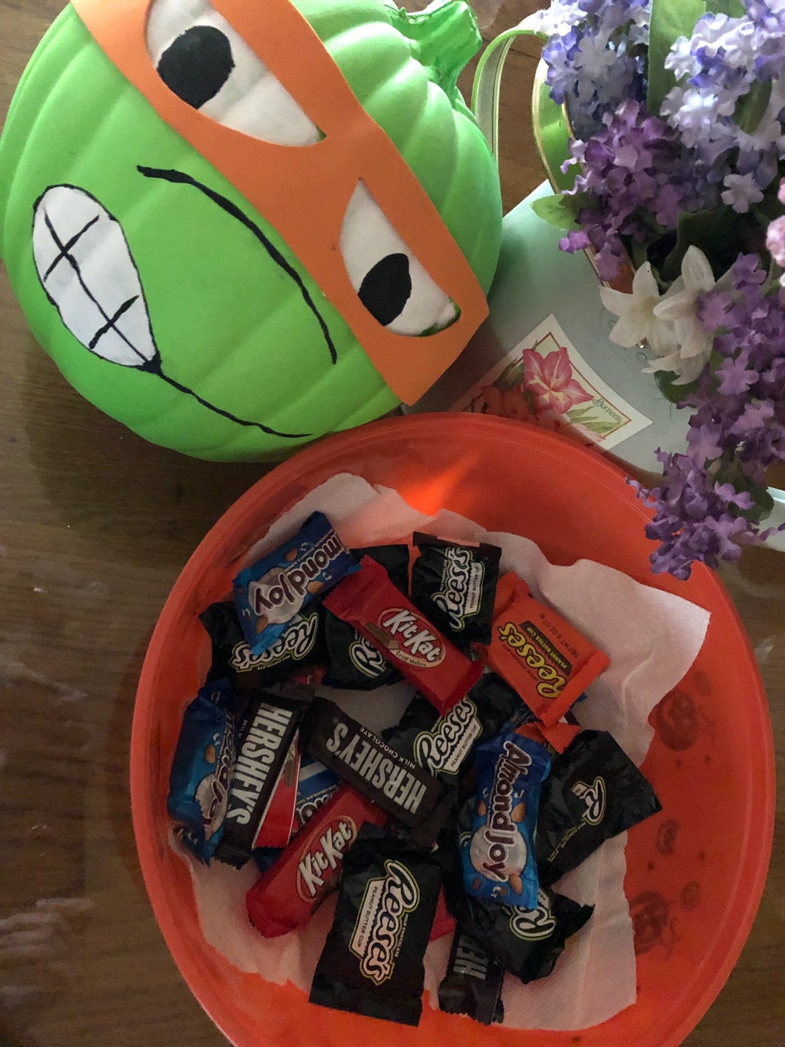 IMG_5199.jpg Halloween candy NAPS 2 B Fit October 2018